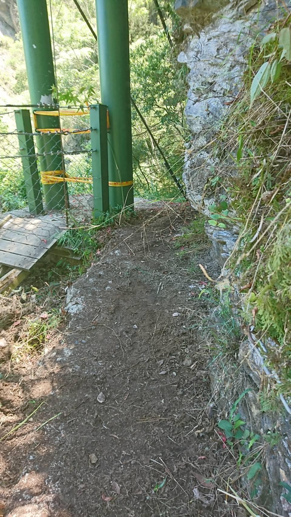圖1搶修完成八通關步道雲龍吊橋替代步道現況