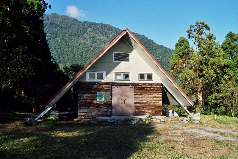瓦拉米山屋/營地