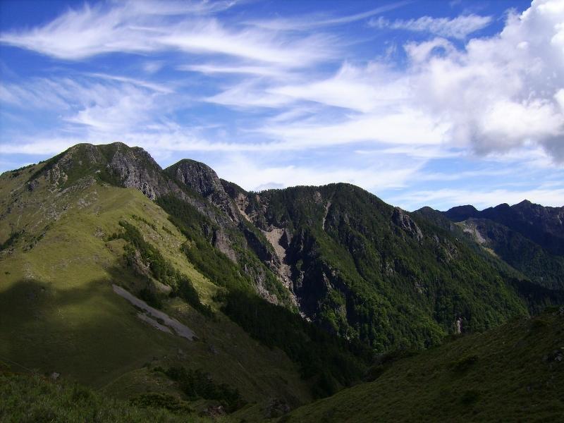 雪山西南峰
